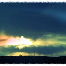 Pilvimuuri etenee